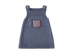 Robe en jean Denim blue sprinkled with a touch of purple: young flirtatious girls will love their summer dress. Featured in the March 2010 issue of Child Magazine, it is knitted in a fancy stitch edged with garter stitch. Baby Knitting Patterns, Knitting For Kids, Crochet For Kids, Crochet Baby, Knit Crochet, Knit Baby Dress, Baby Cardigan, Tricot Baby, Patterned Jeans