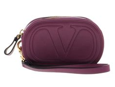 Get the trendiest Clutch of the season! The Valentino New Mini V Embossed Berry Purple Leather Wristlet is a top 10 member favorite on Tradesy. Designer Handbags On Sale, Purple Leather, Vintage Bags, Valentino Garavani, Bag Sale, Emboss, Clutch Bag, Berry, Satchel
