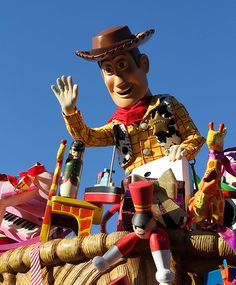 Woody has alot of toys to play with @ #disneylandparis