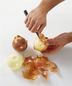 Немногим хозяйкам известно о том, что если в супе отварить лук вместе с шелухой, то блюдо не только приобретет красивый и аппетитный оттенок, но и насыт... - Жандула - Google+