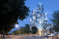 Iwan Baan photographs Frank Gehry's Luma Arles tower Facade Architecture, Amazing Architecture, Walt Disney Concert Hall, Lookout Tower, Van Gogh Paintings, Architectural Photographers, Philadelphia Museum Of Art, Frank Gehry, Vincent Van Gogh