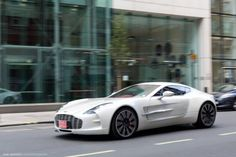 The Amazing Aston Martin One-77