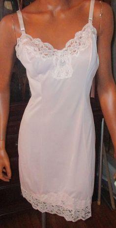 Shadow Line Nylon Peachy Pink Wide Lace Full Slip Womens 34 Short NWT #Shadowline #Slip #Everyday