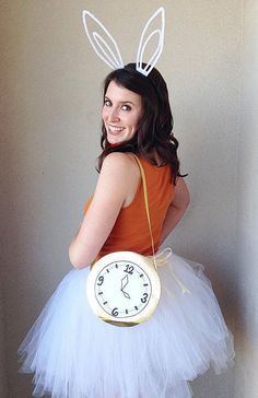Want to dress up as a character from your favorite Disney movie this year? Here are 19 unique DIY Disney Halloween costumes that aren't bori. Character Halloween Costumes, Themed Halloween Costumes, Disney Characters Costumes, Diy Halloween Costumes For Women, Last Minute Halloween Costumes, Halloween Diy, Disney Costumes For Women, Villain Costumes, Rabbit Costume