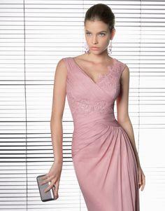 Modelo 270 de Rosa Clará, ¡muy elegante y sienta como un guante!