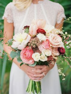 Photography: Kate Anfinson Photography - www.kateanfinson.com  Read More: http://www.stylemepretty.com/2015/05/19/romantic-garden-party-wedding-inspiration/