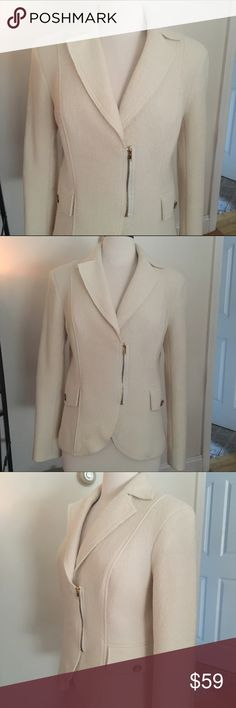 CACHE Cream Coat / Blazer Sz. L Great pre-loved condition. Dry cleaned, hasn't been worn since.  Boiled Wool material (softer wool) Lined: Polyester/Spandex mix.  Can be dressed up or down.  It's perfect. 😍 Cache Jackets & Coats