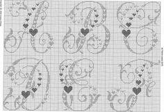 Alfabeto punto croce grande con cuori 1