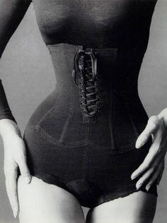 Sieff, Jean-Loup:  Corset, New York, 1962, Printed 1976.