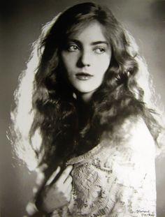 Dorothy Mackaill -ca 1920's Film Actress