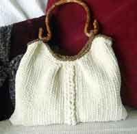 Aussie Shoulder Bag - Over 150 Free Purse, Tote and Bag Patterns at AllCrafts.net