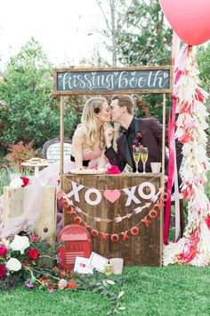 Romantic Wedding Inspiration with a Kissing Booth ⋆ Ruffled Romantic Wedding Receptions, Romantic Weddings, Wedding Themes, Wedding Day, Wedding Vows, Vintage Weddings, Romantic Couples, Valentine Mini Session, Valentine Photos