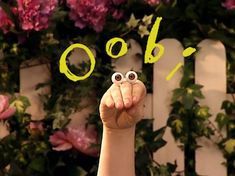 oobi - i honestly NEVER understood the thrill of this show.i mean, talking hands with eyes?but nik and maddi both loved this show Right In The Childhood, Childhood Tv Shows, 90s Childhood, My Childhood Memories, Childhood Quotes, Childhood Characters, Erich Von Stroheim, Old Shows, Old Kids Shows