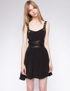 ERIN STRAPPED DRESS / PIXIE MARKET   all black, silhouette