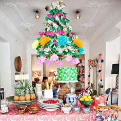 id be ripping it all apart if i attempted to make it! 90th Birthday Parties, Birthday Table, Summer Crafts, Diy And Crafts, Paper Chandelier, Christmas Makes, Merry Christmas, Party In A Box, Childrens Party