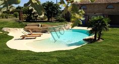 Small pool, great idea for small yard or a small budget Zero Entry Pool, Beach Entry Pool, Backyard Beach, Backyard Pool Designs, Small Backyard Pools, Small Pools, Swimming Pools Backyard, Swimming Pool Designs, Pool Landscaping