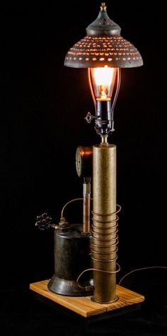 Industrial Steampunk Edison Light Table Lamp by GallagherStudio Steampunk Kitchen, Art Steampunk, Steampunk House, Steampunk Design, Steampunk Clothing, Edison Lighting, Industrial Lighting, Cool Lighting, Industrial Shop