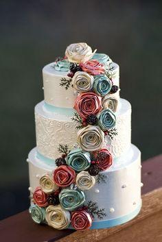 beautiful cake by Tracey Mason
