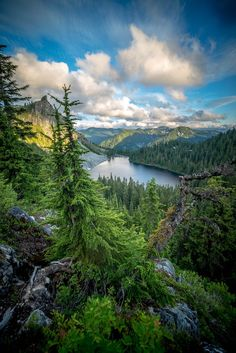 Lake Valhalla, Washington State, Brian by Beau Site, Belleza Natural, Adventure Is Out There, Plein Air, Washington State, Nature Photos, Cool Places To Visit, Beautiful Landscapes, The Great Outdoors