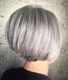 Rounded Bob with Stacked Nape