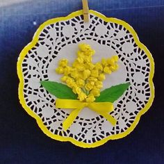 10 Crafts and Ideas for Women's Day: March 8 in joy and creativity Paper Doily Crafts, Doilies Crafts, Paper Doilies, Easter Crafts For Kids, Christmas Crafts For Kids, Spring Art, Spring Crafts, Crochet Snowflake Pattern, Fathers Day Crafts