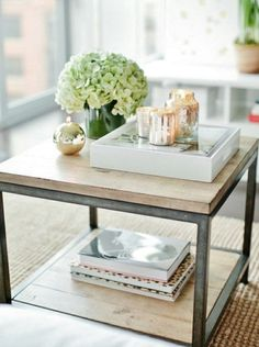 chic shelving // Coffee tables: art and focal point
