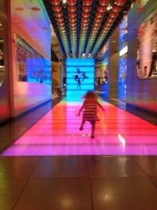 Fun things for kids to do in Vegas- ohhhh I can not wait! December please hurry! Travel With Kids, Family Travel, Vegas Activities, Vegas Vacation, Random Thoughts, Cool Kids, Sydney, Fun Stuff, Las Vegas