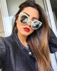 WEBSTA @ gioserrano - Me sentindo rica e poderosa com esse óculos  @otica512
