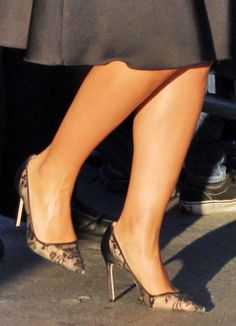 """Dianna Agron wearing the girly Manolo Blahnik """"BB"""" pumps"""