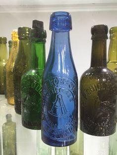 Datieren von antiken Koka-Cola-Flaschen