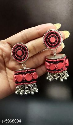 Earrings & Studs Stylish Women's Earring  Base Metal: Alloy Plating: Silver Plated Stone Type: Artificial Beads Sizing: Non-Adjustable Type: Jhumkhas Multipack: 1 Country of Origin: India Sizes Available: Free Size   Catalog Rating: ★4.1 (436)  Catalog Name: Stylish Women's Earring CatalogID_903341 C77-SC1091 Code: 502-5968094-