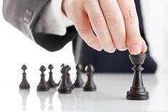 As 15 regras da competência: Ensaio abordando 15 importantes competências para o sucesso profissional.  http://www.administradores.com.br/artigos/cotidiano/as-15-regras-da-competencia/69355