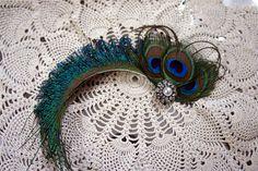 bridal peacock feather birdcage | DIY peacock feather fascinator | Frolic & Detour