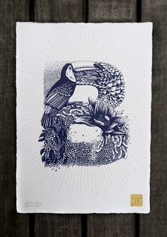 Tipografi dari A-Z Berbentuk Bunga dan Hewan - Viweet