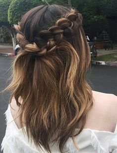 Stunning Half Up-do With Braids-Most Inspiring Hairstyles In 2018