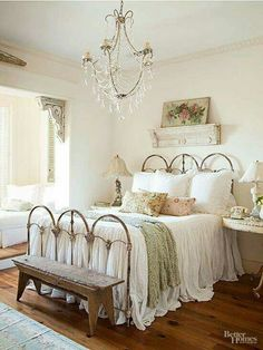 Shabby Chic home decor make-over ref 9178830756 to acheive for one totally smashing, smart bedroom decor. Kindly stop by the diy shabby chic decor ideas web link this instant for extra details. Shabby Chic Bedroom Furniture, Shabby Chic Bedrooms, Bedroom Vintage, Shabby Chic Homes, Shabby Vintage, Bedroom Modern, Cottage Bedroom Decor, Shabby Chic Iron Bed, Vintage Decor