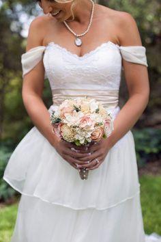 Matrimonio romantico BouquetBouquet da di CuriousFloralCrafts, $130.00