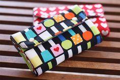 snappy manicure wallet - free pattern