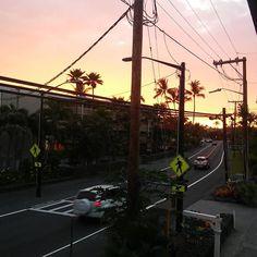 #kailuakona angekommen und gleich so begrüsst #hawaii #bigisland #sonnenuntergang