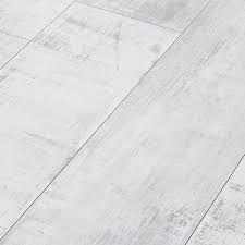 Bilderesultat for laminatgulv som ser ut som gamle planker