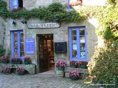 A local bakery in the village of Locronan in Brittany-- would love to spend a whole summer in the French countryside. Yorkshire Dales, North Yorkshire, Boutiques, Wonderful Places, Beautiful Places, Photo Bretagne, Brittany France, Beaux Villages, French Countryside