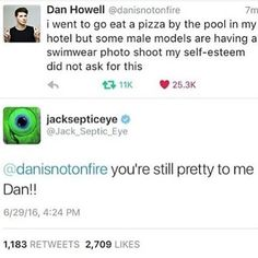 DAN YOU'RE GREAT! GO EAT ALL THE PIZZA! But in retrospect I would've left if there was a bunch of models and I was eating pizza....