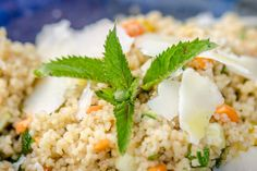 Štrúdl, který můžete péct i několik dní po sobě - Spicy Crumbs Fried Rice, Sushi, Fries, Spicy, Curry, Ethnic Recipes, Food, Curries, Essen