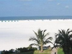 Luxury True Beach Front Condo at the Sandarac Complex - on the beach!