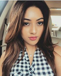 Anu Emmanuel is an Indian-American actress who famously known in the South Indian films industry. Check Anu Emmanuel Wallpapers and HD photos at South Actress, South Indian Actress, Indian Film Actress, Indian Actresses, Amazing Dp, Samantha Pics, Anu Emmanuel, South Indian Film, Arab Girls