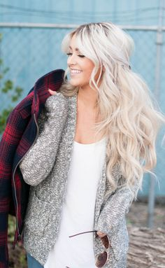 keep it cozy - messy half up hairstyle - long hair - blond wavy hair