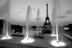 Google Image Result for http://www.geraldbrimacombe.com/Black%2520%26%2520White/France%2520-%2520Paris-Eiffel%2520Tower%2520wo%2520lights%2520Hz%2520B%26W.jpg