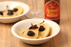 Stewed pears in Bockbier - La Trappe Trappist Panna Cotta, Pudding, Sweets, Ethnic Recipes, Desserts, Bavaria, Food, Deserts, Beer