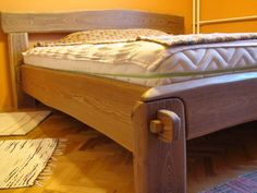 The joints of this can be undone making the bed collapsable. The rough wood look is too country for me though