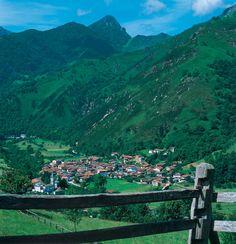 Soto de Agues punto de arranque de una de las rutas de senderimo más populares, la 'Ruta del Alba'.